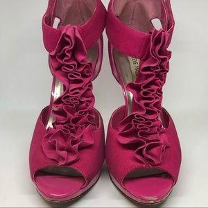 Steve Madden Pink Suede Sandal size 10